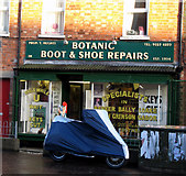 J3372 : Botanic Boot and Shoe Repairs, Belfast by Rossographer