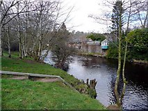 NS5225 : Riverside housing at Catrine by Gordon Brown
