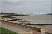 TM2531 : Dovercourt seafront by Bob Jones