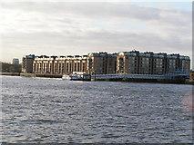 TQ3680 : Hilton Hotel & ferry pier by N Chadwick