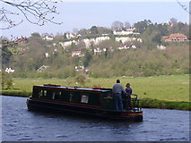 SU9948 : Pleasure Boating on the Wey by Colin Smith