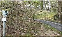 NN9357 : Sign to Clunie walk by Russel Wills