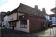 TQ6757 : Oast House on King Street & West Street, West Malling, Kent by Oast House Archive
