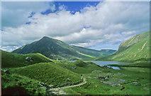 SH6459 : Drumlins Cwm Idwal by Ron Thomson