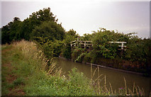 SU1361 : Remains of Wilcot Swing Bridge 118, Kennet and Avon Canal by Dr Neil Clifton