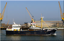 J3576 : The 'Rona' in Belfast [1] by Rossographer