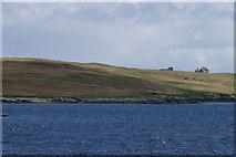 HU5999 : Uyea Isle by Mike Pennington