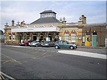 TQ4109 : Lewes railway station (1) by Nigel Cox