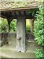 TL0841 : Water pump, Haynes Church End by Robin Drayton