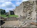 NZ0416 : Walls inside the castle, Barnard Castle by Nicholas Mutton