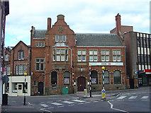 SK3950 : Bank, Chapel Street by Alan Murray-Rust