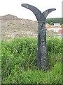 NS8966 : NCN signpost, Blackridge by Richard Webb
