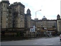 NS6065 : Glasgow Royal Infirmary by Stephen Sweeney