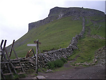 SD8372 : Boundary wall at path junction on the Pennine Way by Row17