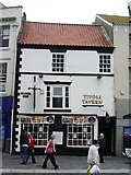TA2609 : The Tivoli Tavern, Old Market Place, Grimsby by Alexander P Kapp