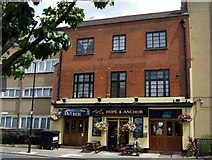 TQ3880 : The Hope and Anchor, Newby Place by ceridwen