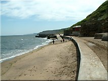TA0487 : The end of South Bay Scarborough by John Fielding