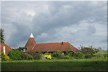 TQ5928 : Pennybridge Oast, Pennybridge Lane, Mayfield, East Sussex by Oast House Archive