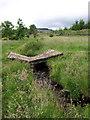NS3463 : Railway sleeper bridge by wfmillar