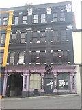 SM9515 : A fine building in a sad state by Deborah Tilley