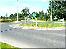 N6619 : Three-way roundabout by James Allan