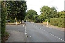 TQ6895 : Norsey Road by Trevor Harris