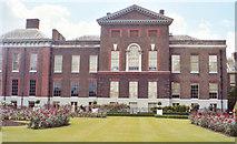 TQ2579 : Kensington palace and rose gardens by Linda Craven