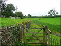 SO4313 : Offa's Dyke Path at Llanvihangel-Ystern-Llewern by Jonathan Billinger