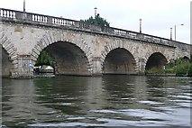 SU9081 : Maidenhead Bridge by Graham Horn