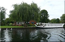 TQ0666 : Oxford Barge at Chertsey Meads by Graham Horn