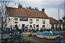 TG4022 : Hickling Broad, Pleasure Boat Inn by Renata Edge