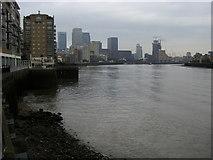 TQ3680 : River Thames by Shaun Ferguson