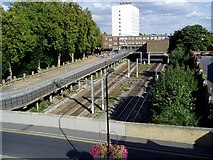 TQ1780 : Main line railway tracks to the west of Ealing Broadway Station by J Taylor